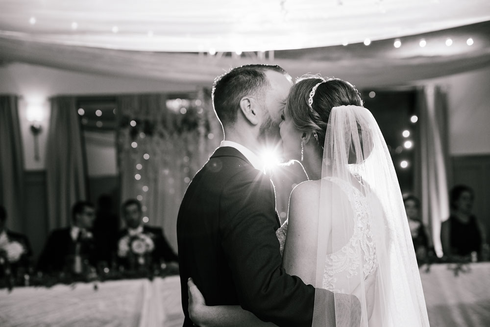 cleveland-wedding-photographers-landolls-mohican-castle-beautiful-outdoor-wedding-rain-rainy-photography-160.jpg