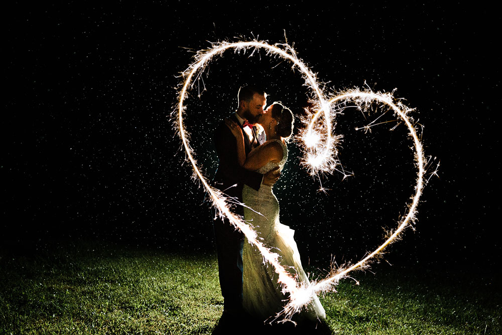 cleveland-wedding-photographers-landolls-mohican-castle-beautiful-outdoor-wedding-rain-rainy-photography-184.jpg