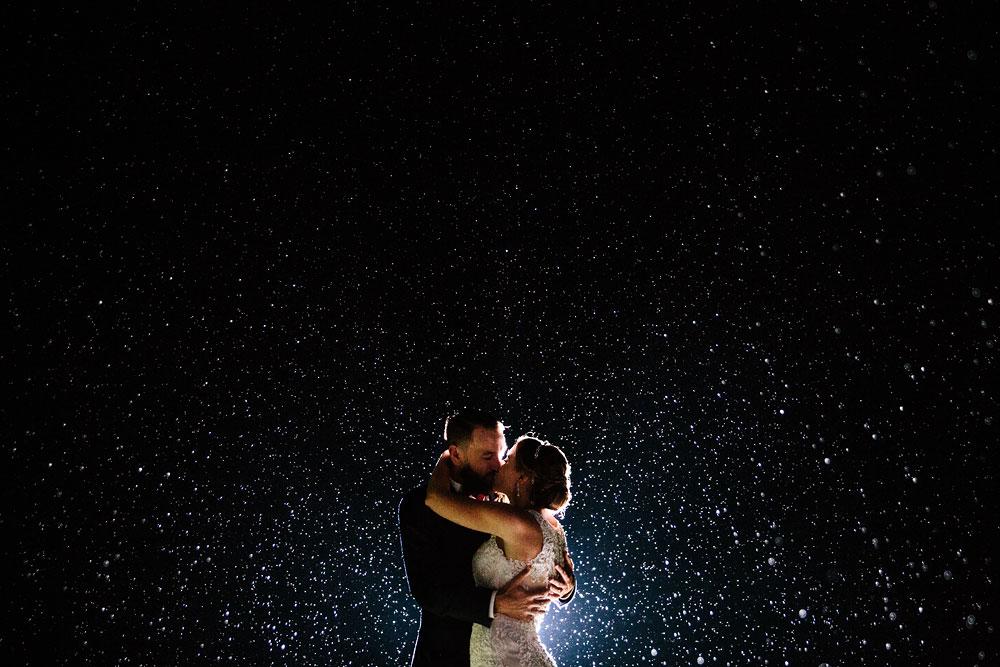 cleveland-wedding-photographers-landolls-mohican-castle-beautiful-outdoor-wedding-rain-rainy-photography-185.jpg