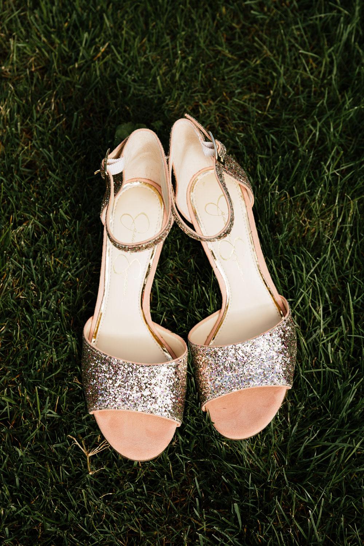 wedding-photographers-cleveland-ohio-columbia-ballroom-downtown-cleveland-barn-wedding-3.jpg