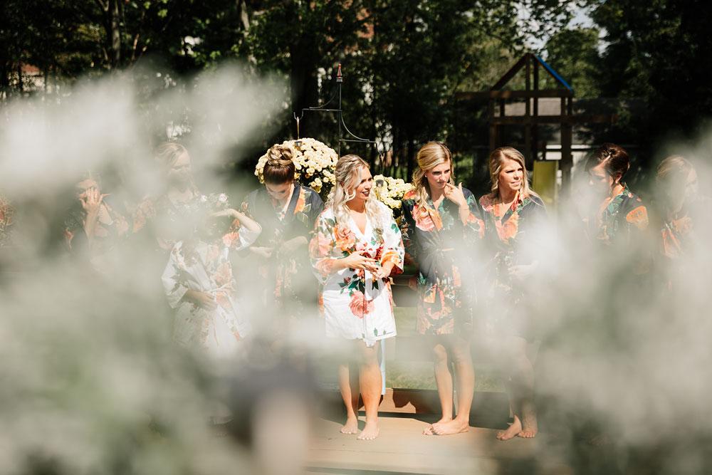 wedding-photographers-cleveland-ohio-columbia-ballroom-downtown-cleveland-barn-wedding-18.jpg