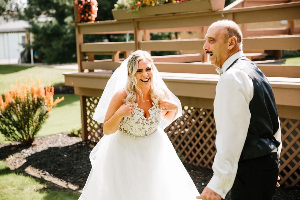 wedding-photographers-cleveland-ohio-columbia-ballroom-downtown-cleveland-barn-wedding-29.jpg