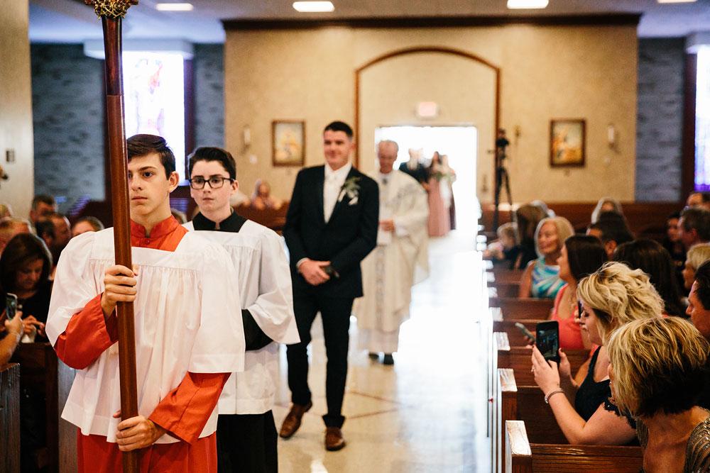 wedding-photographers-cleveland-ohio-columbia-ballroom-downtown-cleveland-barn-wedding-43.jpg