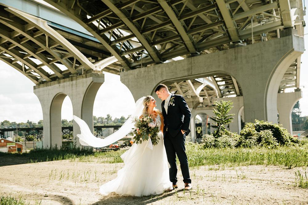 wedding-photographers-cleveland-ohio-columbia-ballroom-downtown-cleveland-barn-wedding-61.jpg