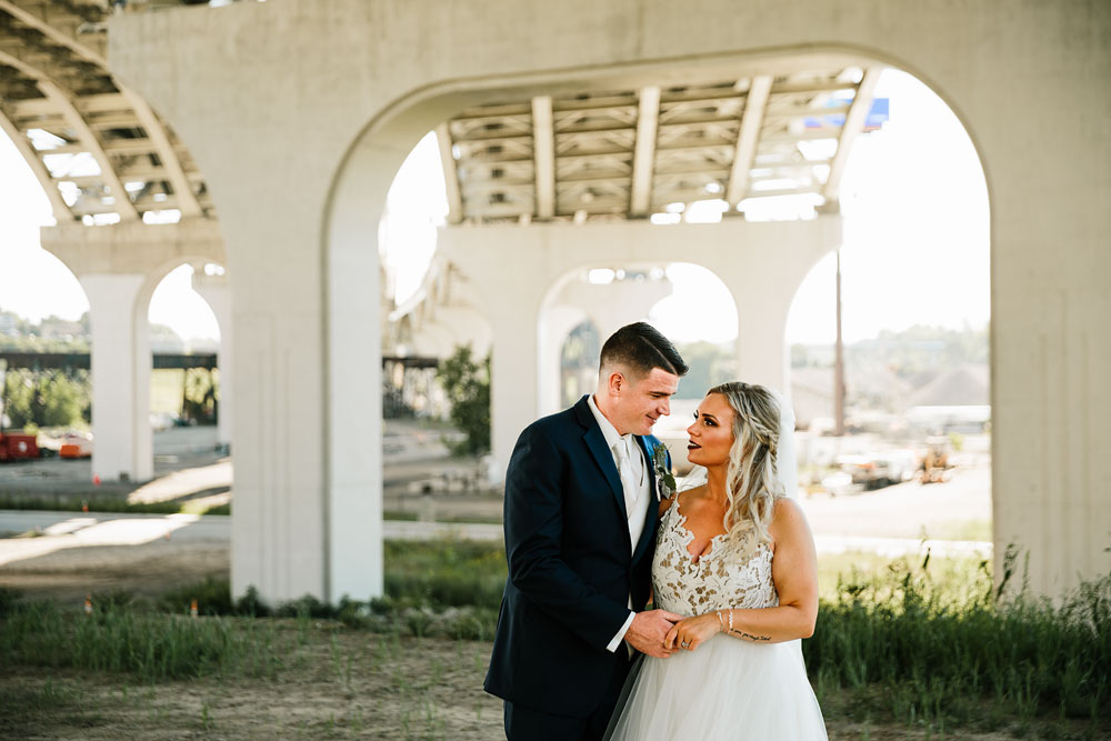 wedding-photographers-cleveland-ohio-columbia-ballroom-downtown-cleveland-barn-wedding-70.jpg