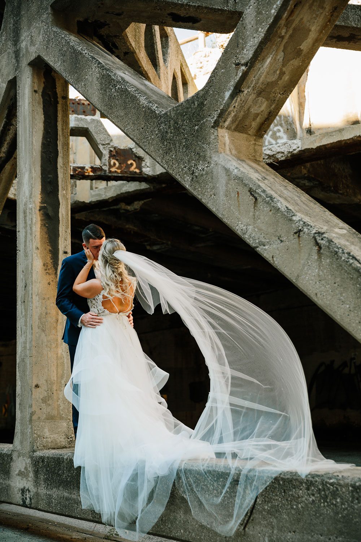 wedding-photographers-cleveland-ohio-columbia-ballroom-downtown-cleveland-barn-wedding-77.jpg