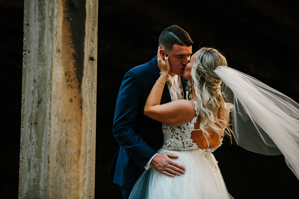 wedding-photographers-cleveland-ohio-columbia-ballroom-downtown-cleveland-barn-wedding-81.jpg