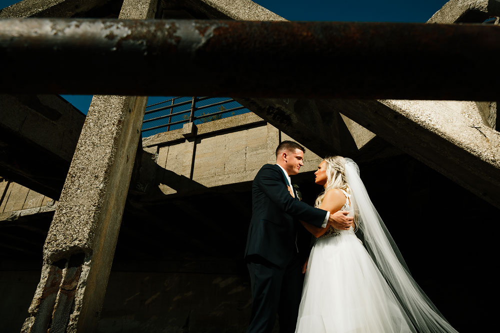 wedding-photographers-cleveland-ohio-columbia-ballroom-downtown-cleveland-barn-wedding-90.jpg