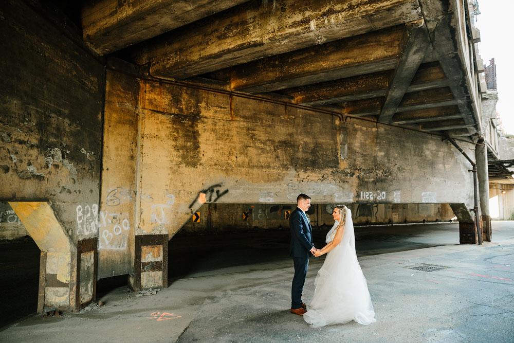 wedding-photographers-cleveland-ohio-columbia-ballroom-downtown-cleveland-barn-wedding-96.jpg