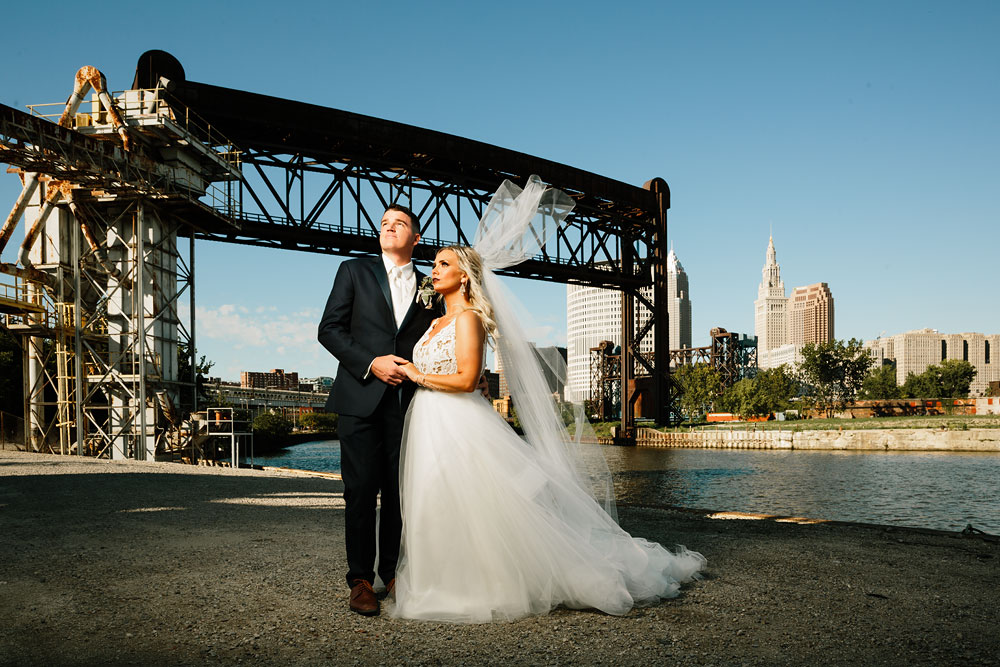 wedding-photographers-cleveland-ohio-columbia-ballroom-downtown-cleveland-barn-wedding-109.jpg
