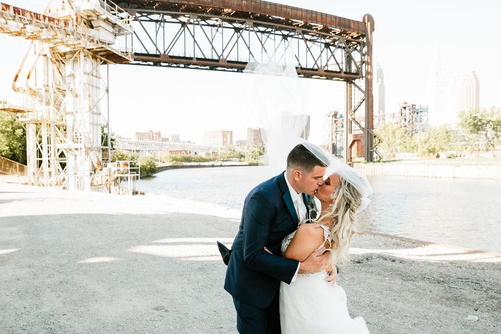 wedding-photographers-cleveland-ohio-columbia-ballroom-downtown-cleveland-barn-wedding-111.jpg