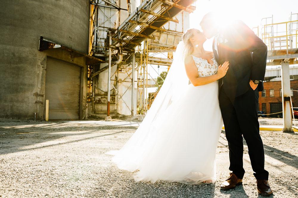 wedding-photographers-cleveland-ohio-columbia-ballroom-downtown-cleveland-barn-wedding-112.jpg