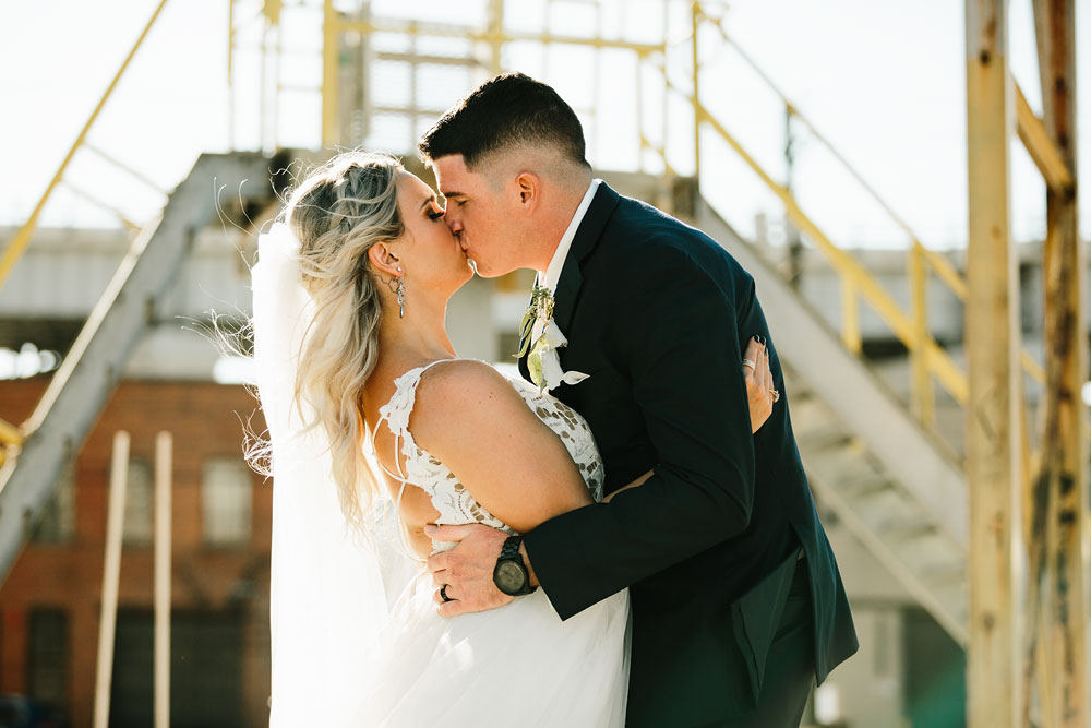 wedding-photographers-cleveland-ohio-columbia-ballroom-downtown-cleveland-barn-wedding-113.jpg