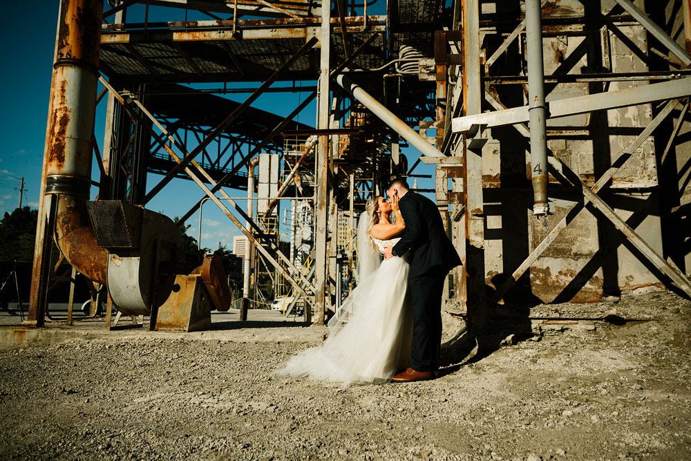 wedding-photographers-cleveland-ohio-columbia-ballroom-downtown-cleveland-barn-wedding-116.jpg