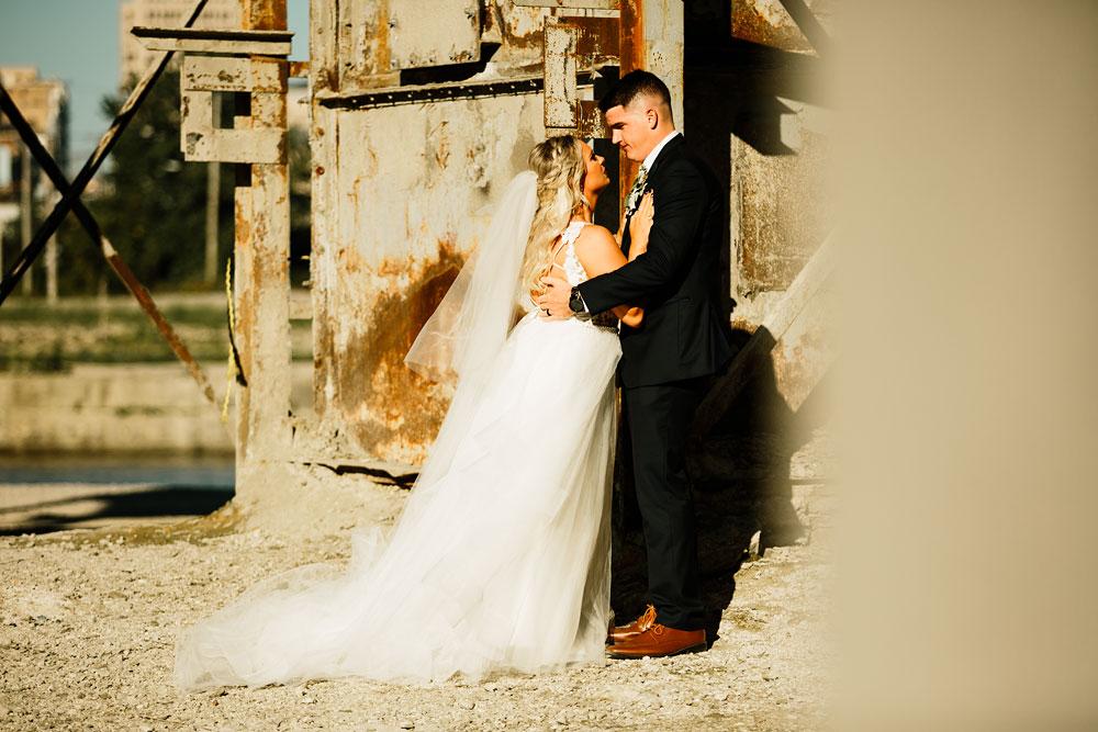 wedding-photographers-cleveland-ohio-columbia-ballroom-downtown-cleveland-barn-wedding-118.jpg