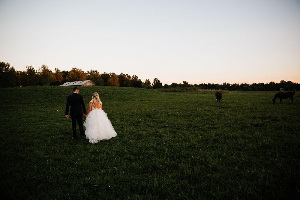 wedding-photographers-cleveland-ohio-columbia-ballroom-downtown-cleveland-barn-wedding-142.jpg