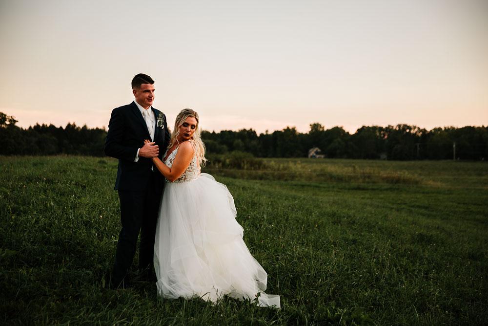 wedding-photographers-cleveland-ohio-columbia-ballroom-downtown-cleveland-barn-wedding-145.jpg
