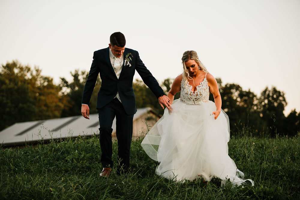 wedding-photographers-cleveland-ohio-columbia-ballroom-downtown-cleveland-barn-wedding-147.jpg