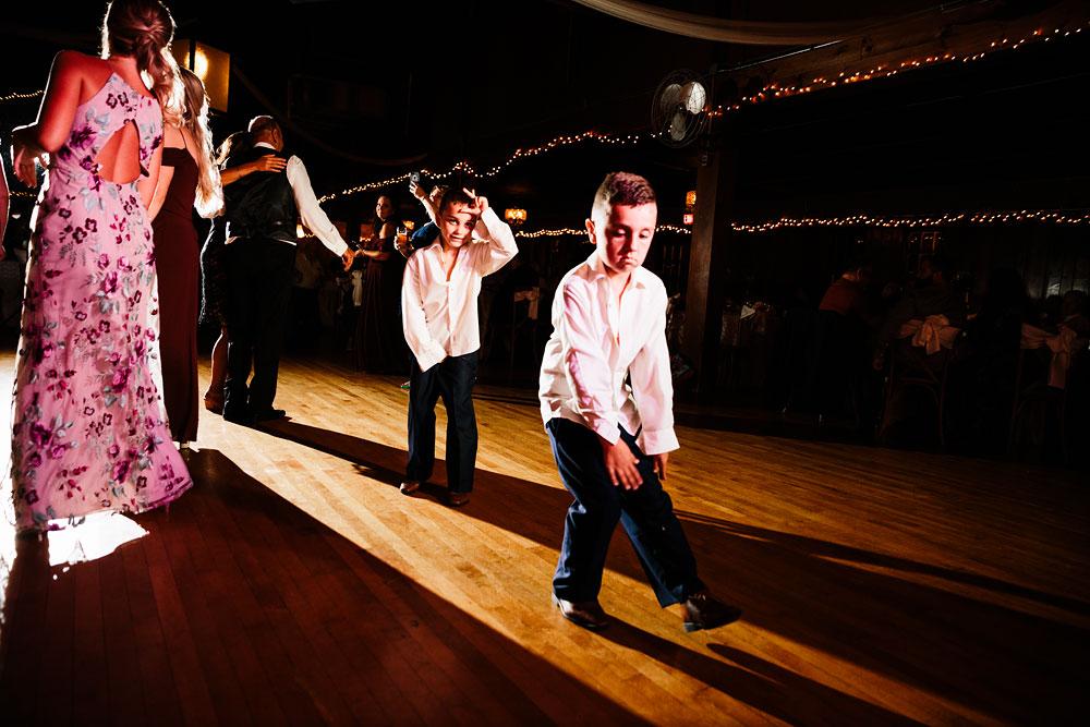 wedding-photographers-cleveland-ohio-columbia-ballroom-downtown-cleveland-barn-wedding-160.jpg