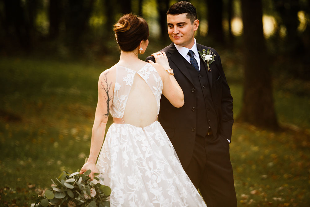 cleveland-wedding-photographers-at-landolls-mohican-castle-central-ohio-romantic-wedding-photography-82.jpg