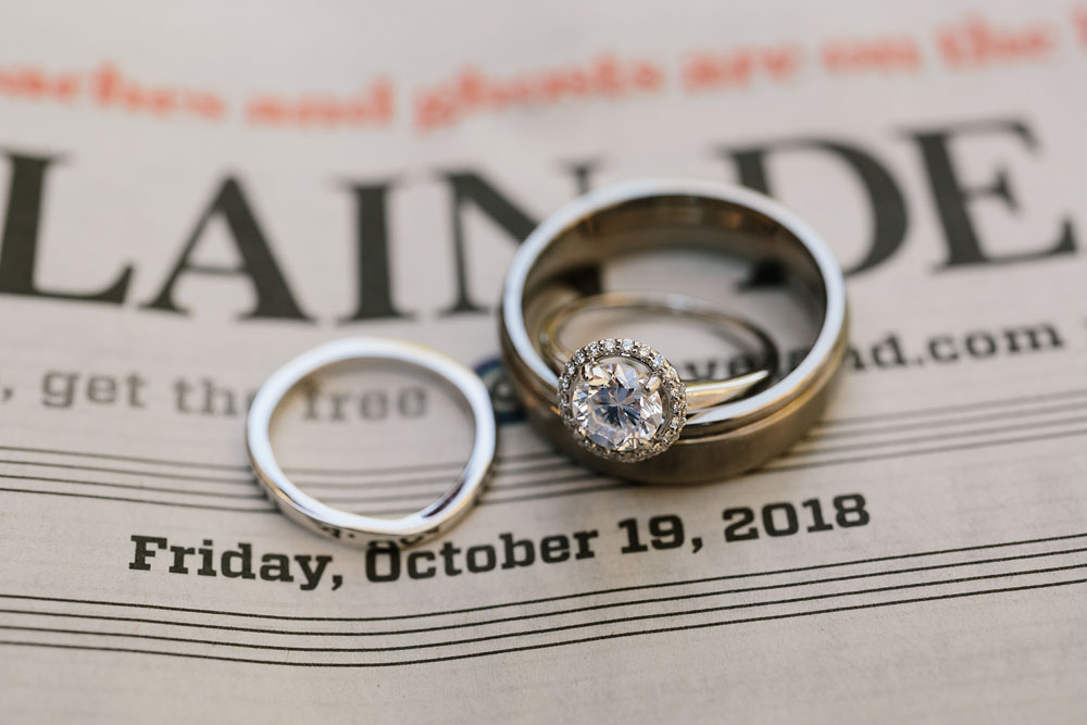 columbus-ohio-wedding-photographers-landolls-mohican-castle-central-ohio-fall-outdoor-wedding-3.jpg