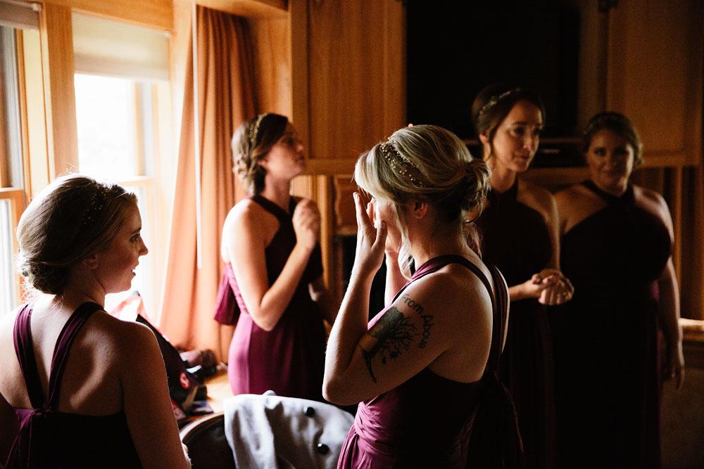 columbus-ohio-wedding-photographers-landolls-mohican-castle-central-ohio-fall-outdoor-wedding-28.jpg
