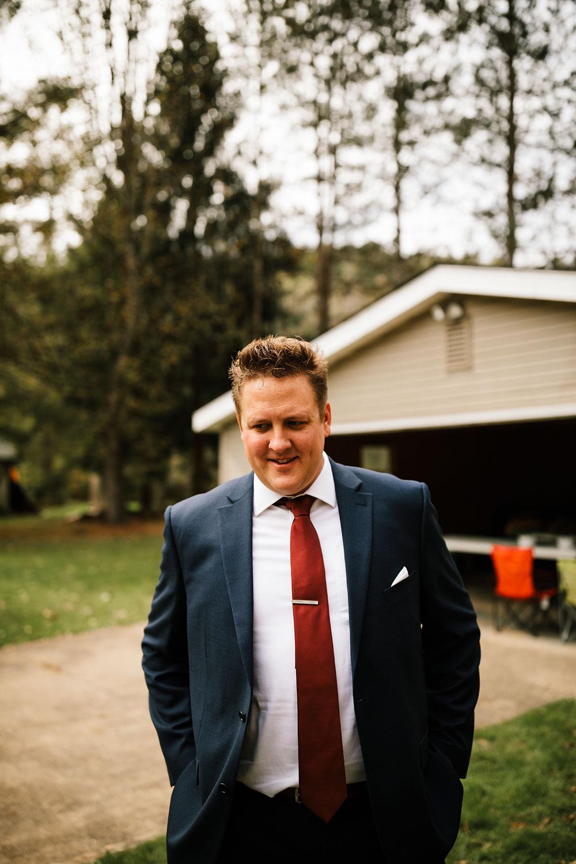 columbus-ohio-wedding-photographers-landolls-mohican-castle-central-ohio-fall-outdoor-wedding-66.jpg