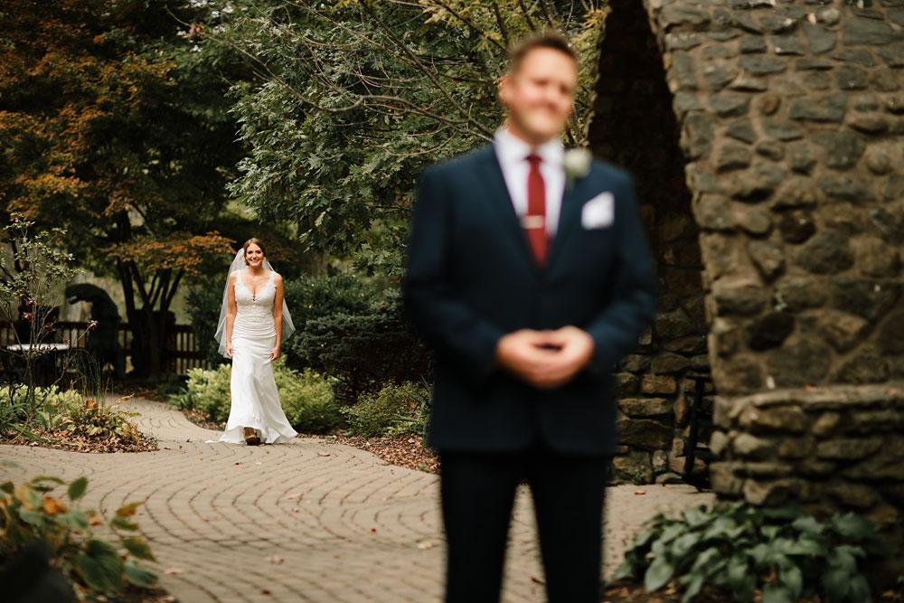 columbus-ohio-wedding-photographers-landolls-mohican-castle-central-ohio-fall-outdoor-wedding-69.jpg