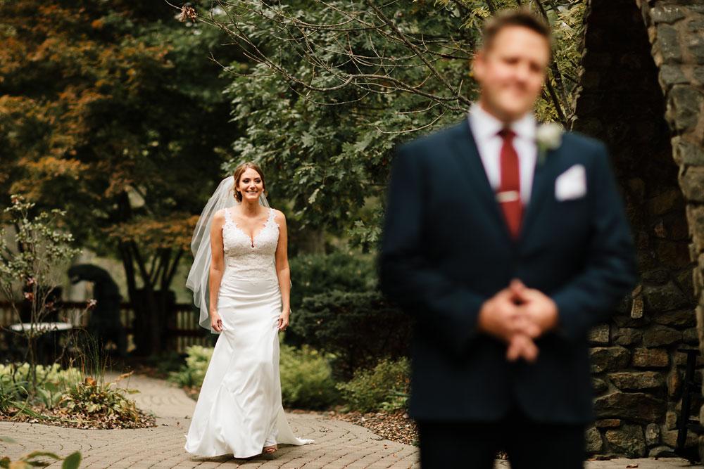 columbus-ohio-wedding-photographers-landolls-mohican-castle-central-ohio-fall-outdoor-wedding-70.jpg