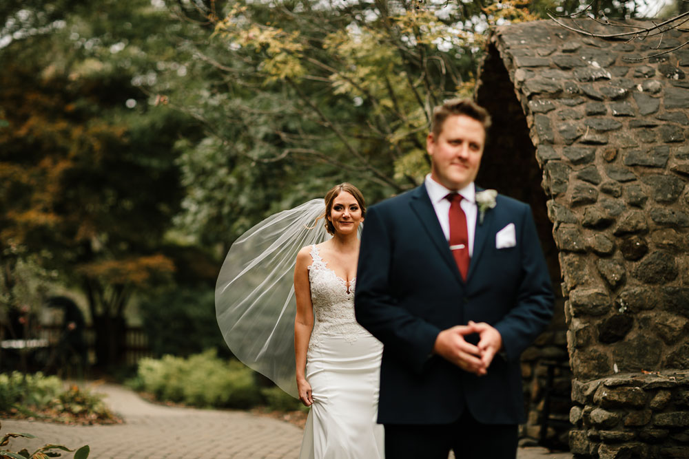 columbus-ohio-wedding-photographers-landolls-mohican-castle-central-ohio-fall-outdoor-wedding-71.jpg