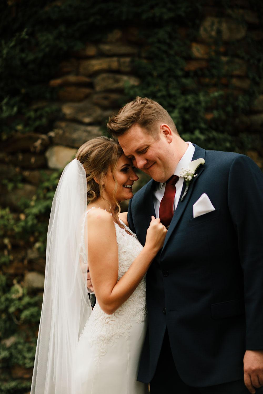 columbus-ohio-wedding-photographers-landolls-mohican-castle-central-ohio-fall-outdoor-wedding-82.jpg