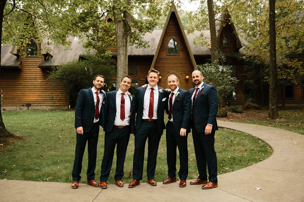 columbus-ohio-wedding-photographers-landolls-mohican-castle-central-ohio-fall-outdoor-wedding-90.jpg