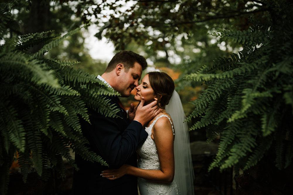 columbus-ohio-wedding-photographers-landolls-mohican-castle-central-ohio-fall-outdoor-wedding-141.jpg