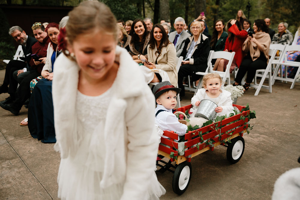 columbus-ohio-wedding-photographers-landolls-mohican-castle-central-ohio-fall-outdoor-wedding-151.jpg