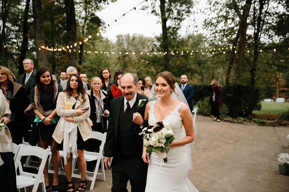 columbus-ohio-wedding-photographers-landolls-mohican-castle-central-ohio-fall-outdoor-wedding-157.jpg