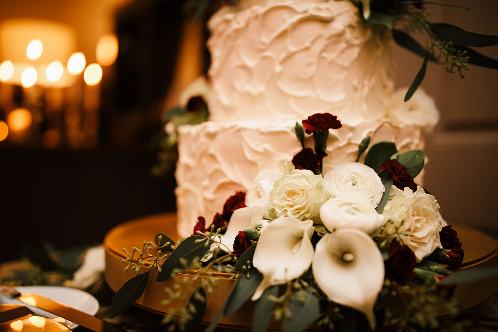 columbus-ohio-wedding-photographers-landolls-mohican-castle-central-ohio-fall-outdoor-wedding-179.jpg