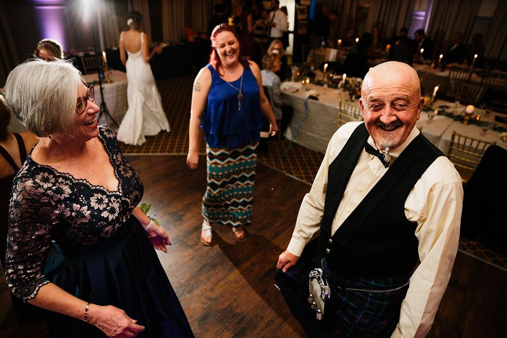 columbus-ohio-wedding-photographers-landolls-mohican-castle-central-ohio-fall-outdoor-wedding-193.jpg
