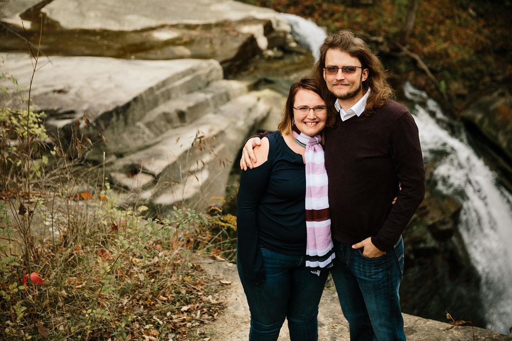 cleveland-wedding-photographers-engagement-in-cuyahoga-valley-national-park-peninsula-hudson-ohio-1.jpg