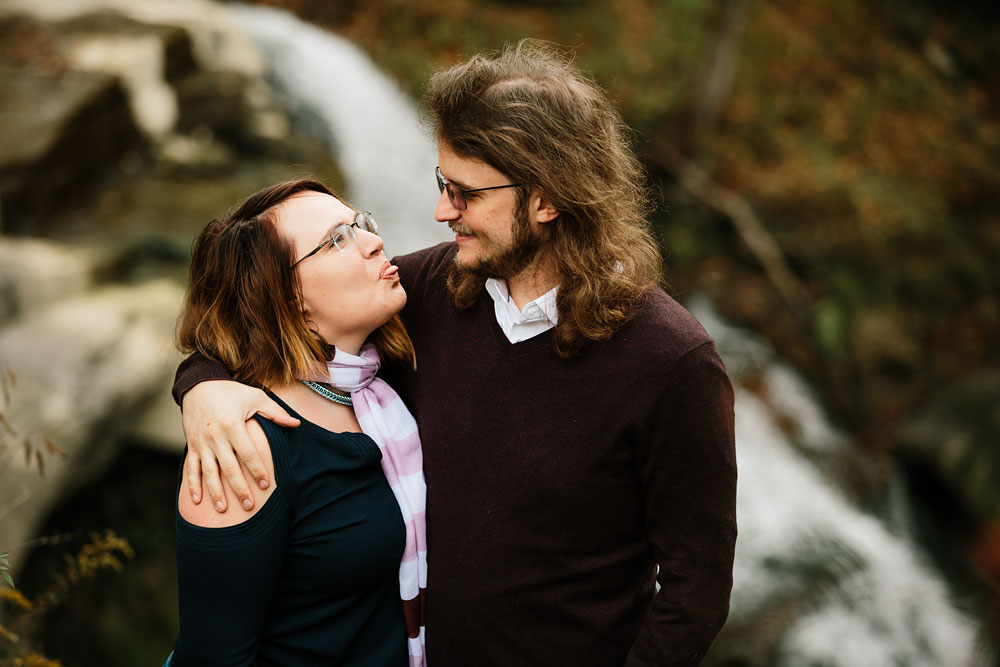 cleveland-wedding-photographers-engagement-in-cuyahoga-valley-national-park-peninsula-hudson-ohio-4.jpg