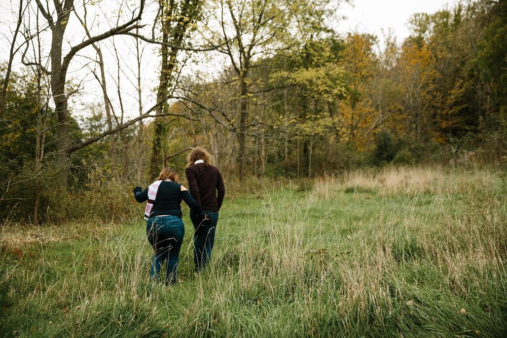 cleveland-wedding-photographers-engagement-in-cuyahoga-valley-national-park-peninsula-hudson-ohio-6.jpg