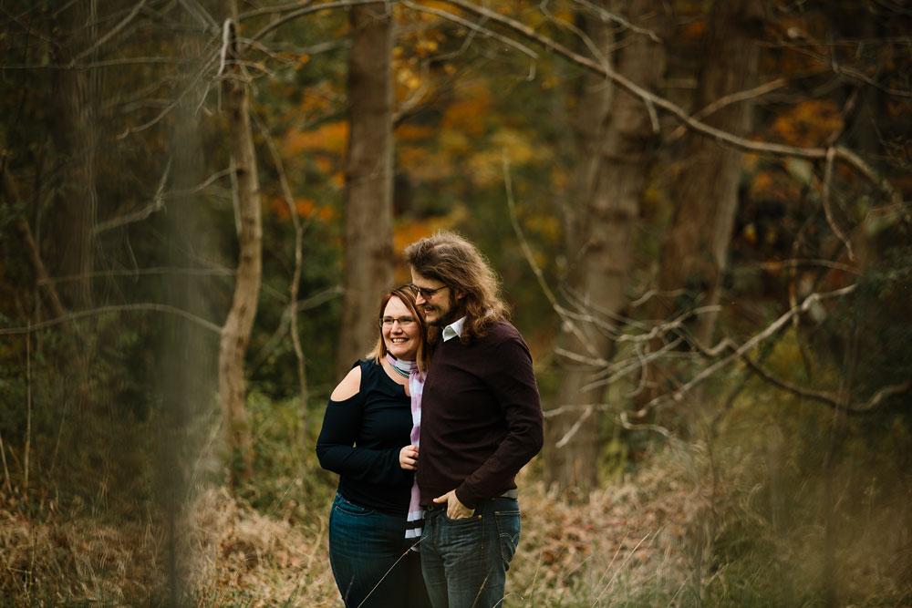 cleveland-wedding-photographers-engagement-in-cuyahoga-valley-national-park-peninsula-hudson-ohio-7.jpg