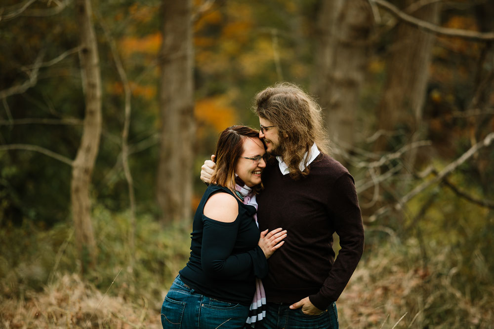cleveland-wedding-photographers-engagement-in-cuyahoga-valley-national-park-peninsula-hudson-ohio-8.jpg