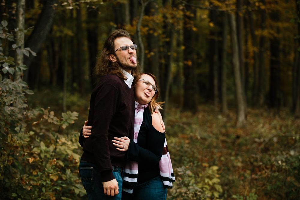cleveland-wedding-photographers-engagement-in-cuyahoga-valley-national-park-peninsula-hudson-ohio-14.jpg