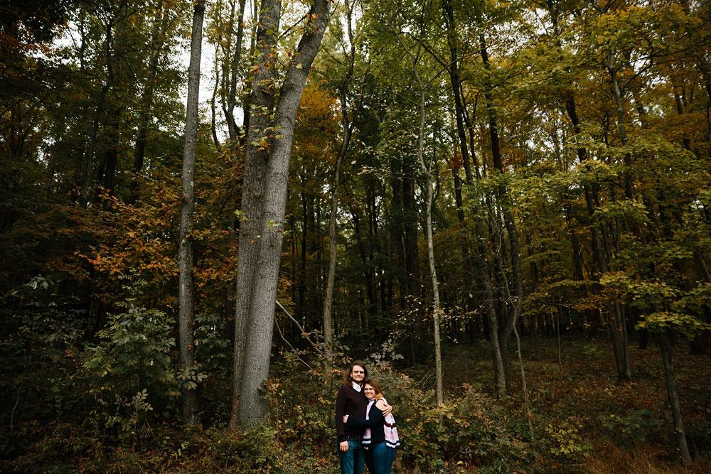cleveland-wedding-photographers-engagement-in-cuyahoga-valley-national-park-peninsula-hudson-ohio-13.jpg