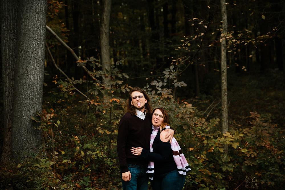 cleveland-wedding-photographers-engagement-in-cuyahoga-valley-national-park-peninsula-hudson-ohio-15.jpg