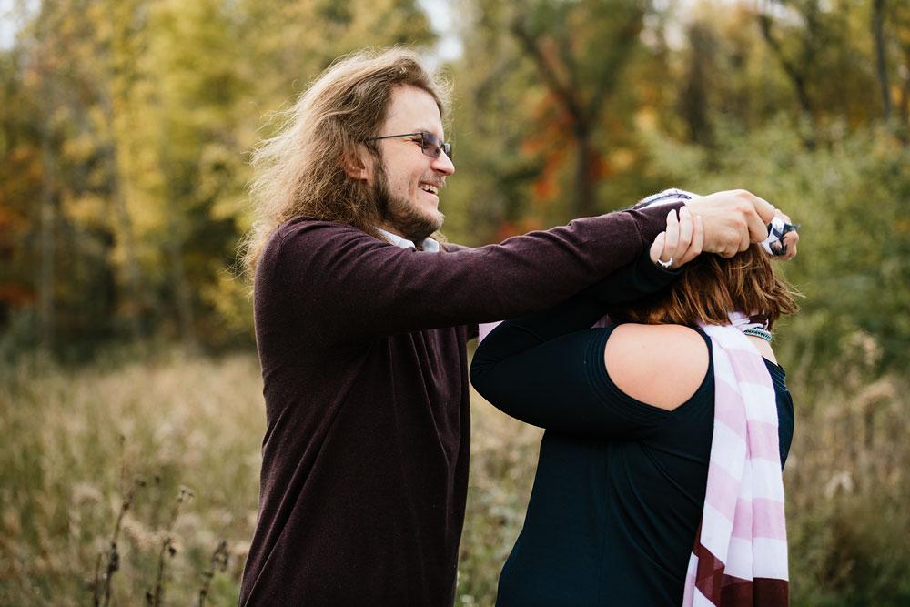 cleveland-wedding-photographers-engagement-in-cuyahoga-valley-national-park-peninsula-hudson-ohio-23.jpg