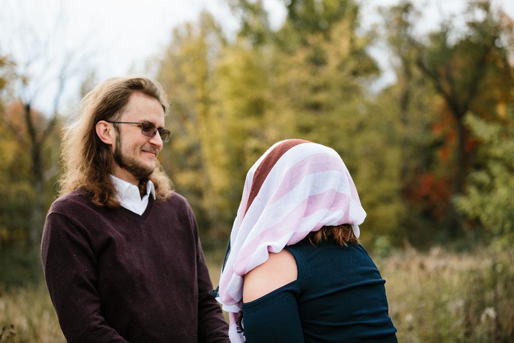 cleveland-wedding-photographers-engagement-in-cuyahoga-valley-national-park-peninsula-hudson-ohio-24.jpg