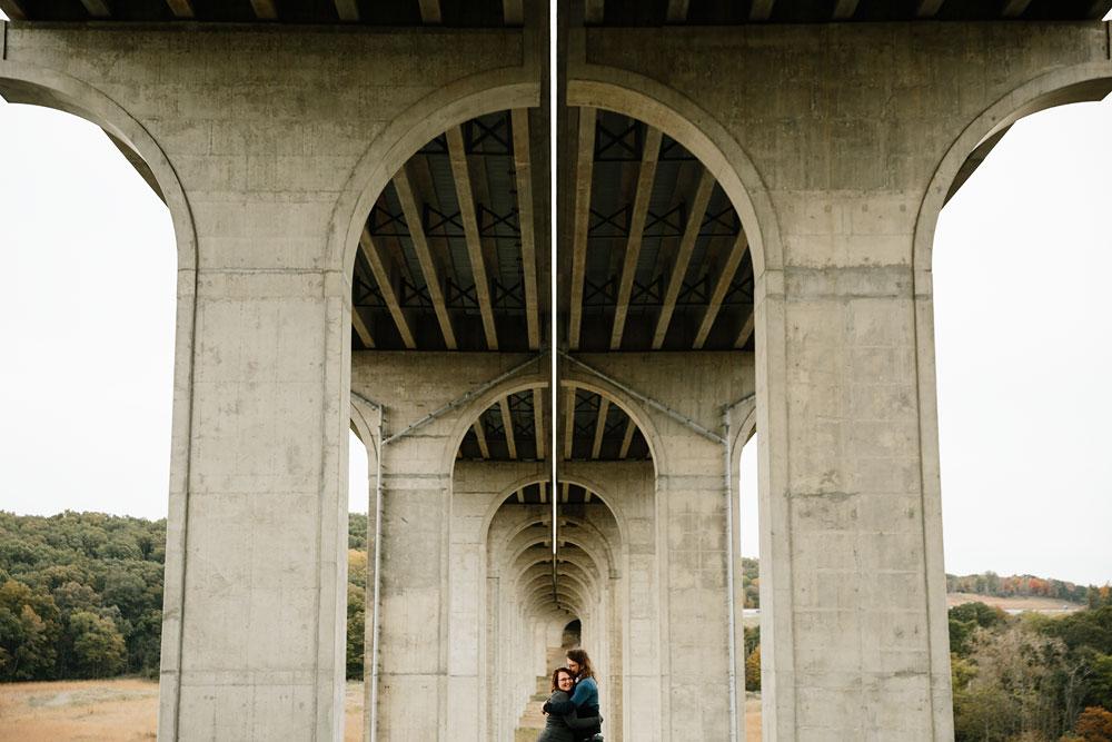 cleveland-wedding-photographers-engagement-in-cuyahoga-valley-national-park-peninsula-hudson-ohio-31.jpg