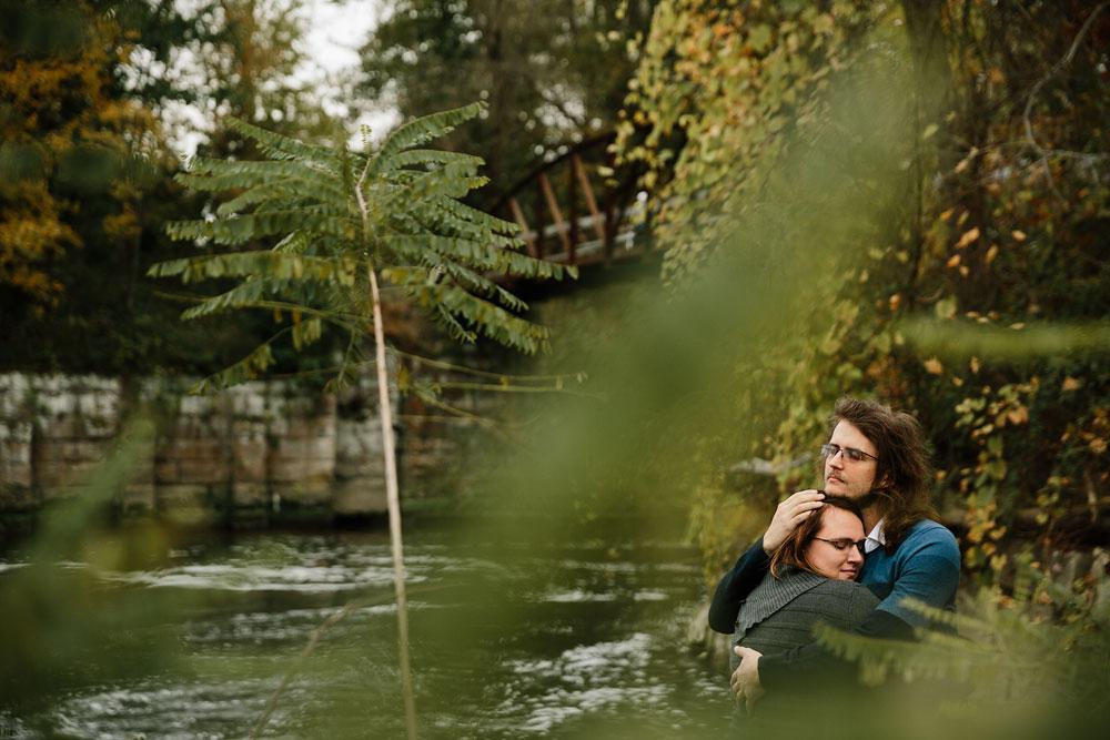 cleveland-wedding-photographers-engagement-in-cuyahoga-valley-national-park-peninsula-hudson-ohio-35.jpg