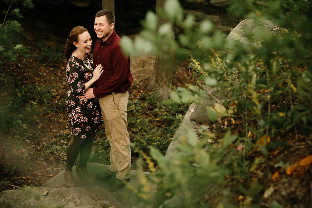 cleveland-wedding-photographers-engagement-at-pattersons-fruit-farm-chesterland-ohio-orchard-3.jpg